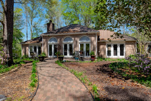 Italian Villa in Pineywoods of East Texas